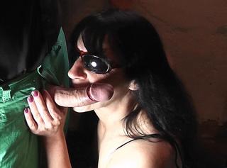 """Vorschaubild vom Privatporno mit dem Titel """"geile Hände, geiler Mund"""""""