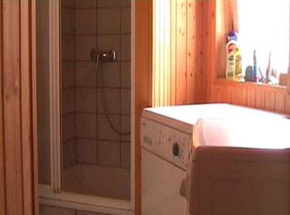 """Vorschaubild vom Privatporno mit dem Titel """"Überraschung im Badezimmer!!!"""""""