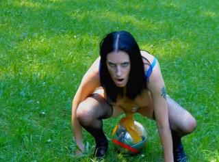 """Vorschaubild vom Privatporno mit dem Titel """"Fickball wird eingelocht"""""""