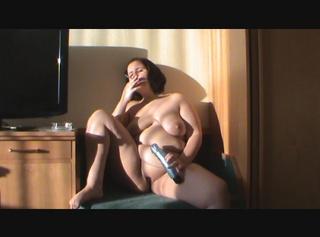 """Vorschaubild vom Privatporno mit dem Titel """"Rauchen mit Dildo"""""""
