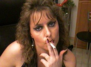 """Vorschaubild vom Privatporno mit dem Titel """"Smoking Fetisch"""""""