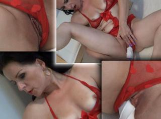 """Vorschaubild vom Privatporno mit dem Titel """"Heiße Lady Masturbiert!!"""""""