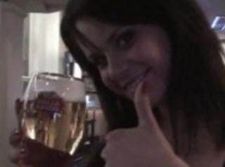 """Vorschaubild vom Privatporno mit dem Titel """"Im HardRockcafe Prag mit Susi..zeige alles ADRENALIN"""""""