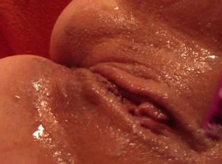 """Vorschaubild vom Privatporno mit dem Titel """"Sperma Rasur"""""""