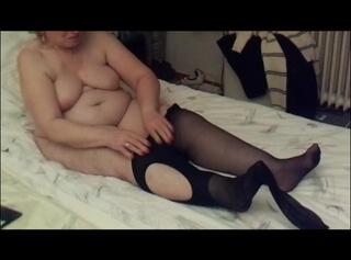 """Vorschaubild vom Privatporno mit dem Titel """"Neue Strumpfhose mit grossen Löcher"""""""