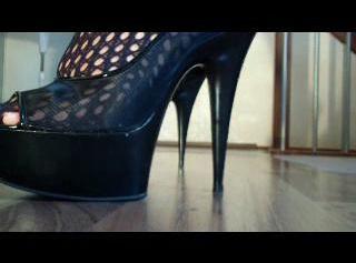 """Vorschaubild vom Privatporno mit dem Titel """"Das klackern meiner High-Heels"""""""