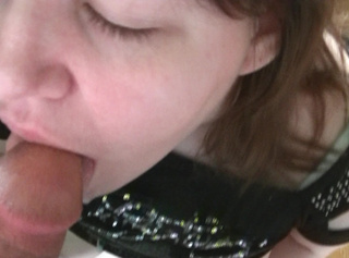 """Vorschaubild vom Privatporno mit dem Titel """"hmm, lecker Sperma"""""""