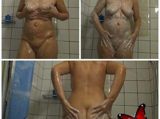 """Vorschaubild vom Privatporno mit dem Titel """"Mature duscht"""""""