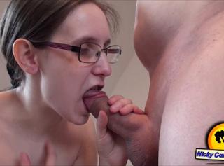 """Vorschaubild vom Privatporno mit dem Titel """"Sperma auf die Titten"""""""