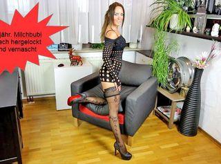 """Vorschaubild vom Privatporno mit dem Titel """"Beine breit bin Fick bereit, Muttersoehnchen fickt mich durch"""""""