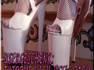 """Vorschaubild vom Privatporno mit dem Titel """"Usergeschenk: EXTREME HIGH-HEELS 21cm"""""""