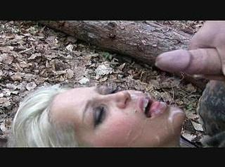 """Vorschaubild vom Privatporno mit dem Titel """"Soldatenfick im Wald : Cumshot"""""""