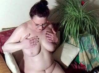 """Vorschaubild vom Privatporno mit dem Titel """"Nach dem baden eingecremt"""""""