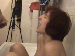 """Vorschaubild vom Privatporno mit dem Titel """"mein allererster anpissclip"""""""